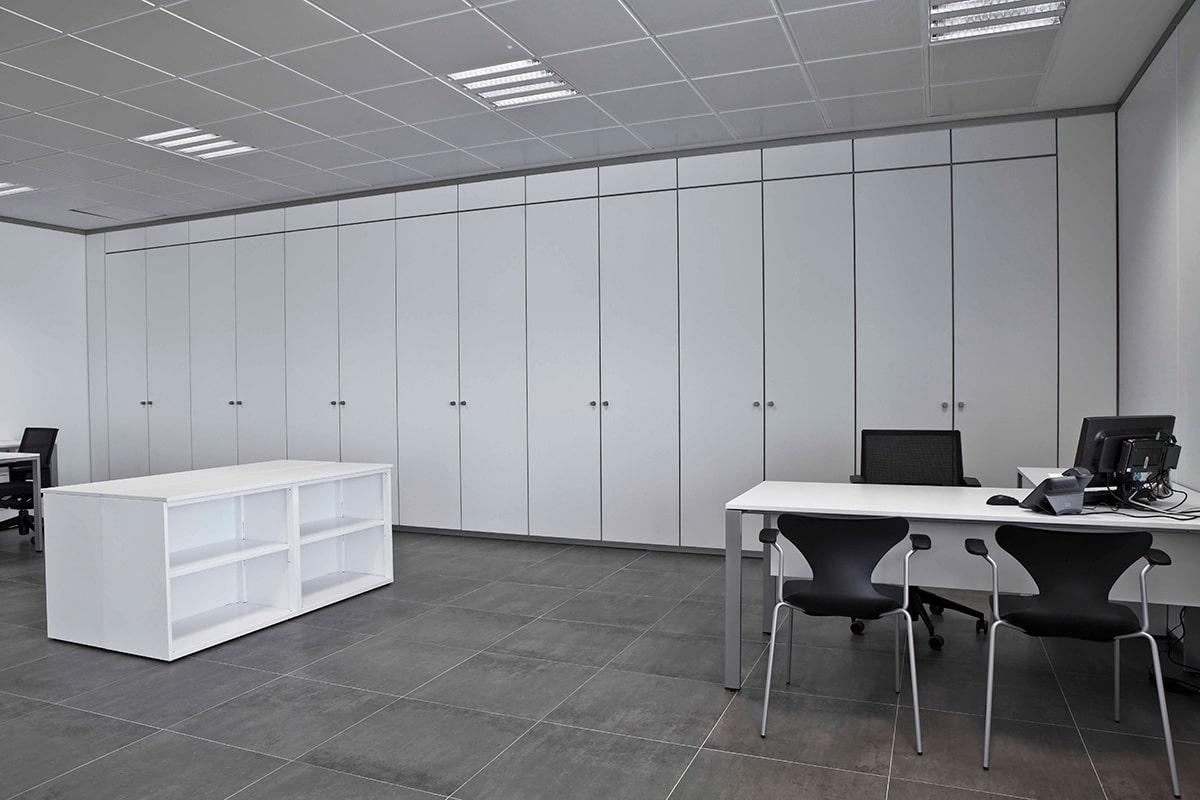 Mobiliario de oficina ja n jacena for Mobiliario de oficina en cordoba